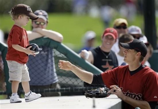 hunter signs autograph ap.jpg